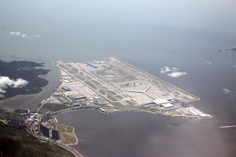 Bird's eye view of the Hong Kong International Airport Image Credits: wikipedia.org/wiki