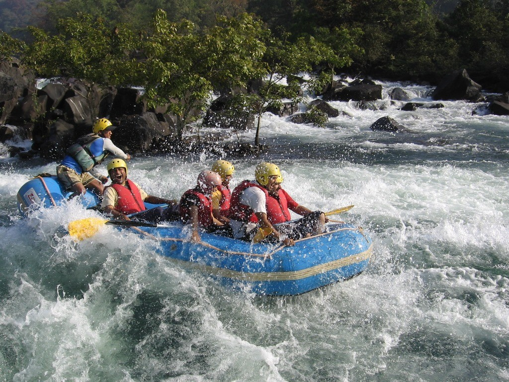 Push your limits with Rafting in Goa
