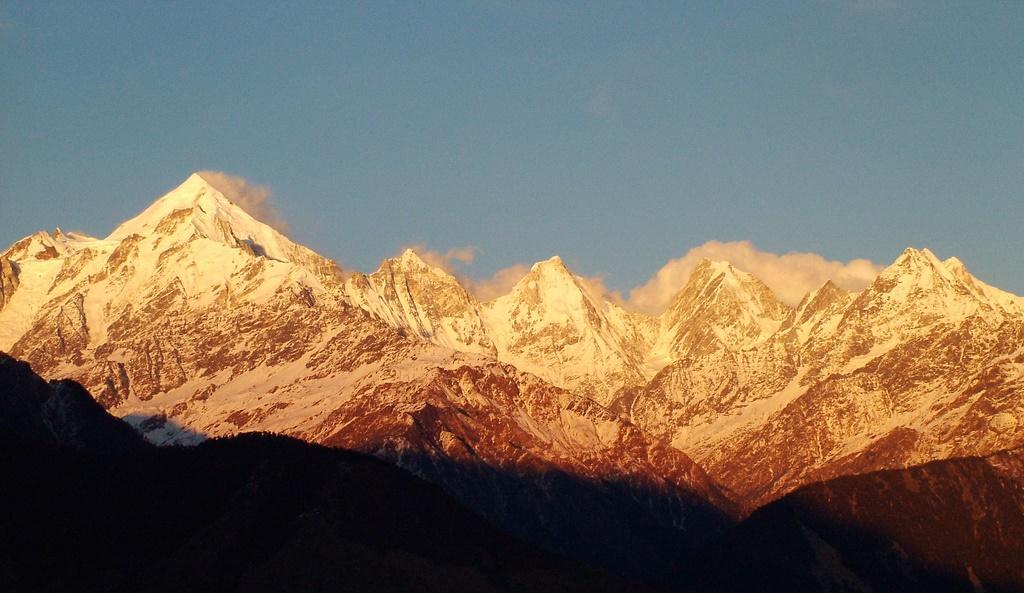 View of Himalayan Ranges from Munsiyari.